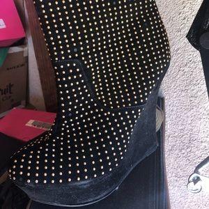 Shoes - Black Platform Booties